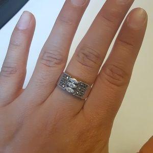 Vintage Sterling silver crystal & rhinestone ring